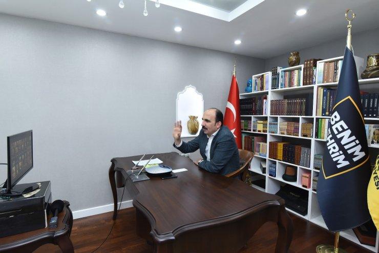 """Konya'da 23 Nisan doğumlu çocuklara """"online"""" sürpriz yapıldı"""