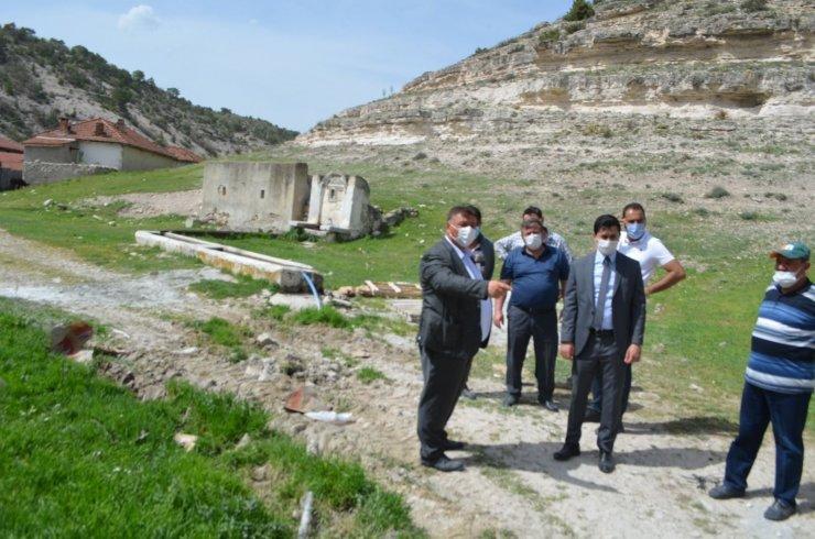 Kaymakam Başoğlu ve Başkan Alp alt yapı çalışmaları yerinde inceledi