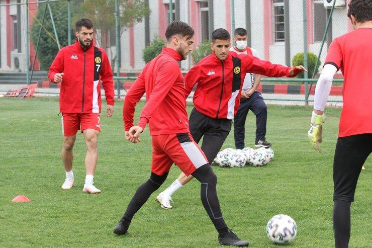 Eskişehirspor, Beypiliç Boluspor maçı hazırlıklarını tamamladı