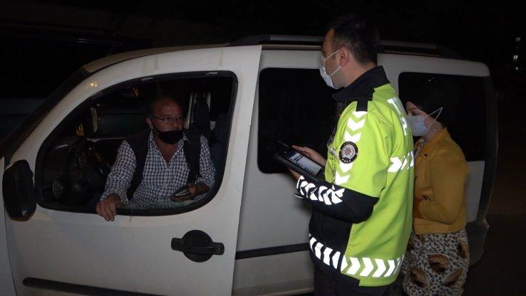 """Rahat tavırlarıyla """"7 devlete gidebilirim"""" diyen sürücü şok yaşadı: Aracı trafikten men edildi"""