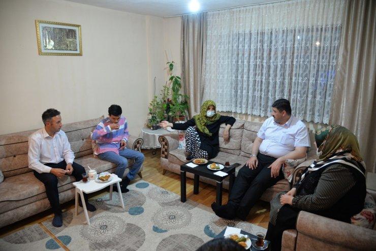 Başkan Oğuz gönül sofralarına misafir oluyor