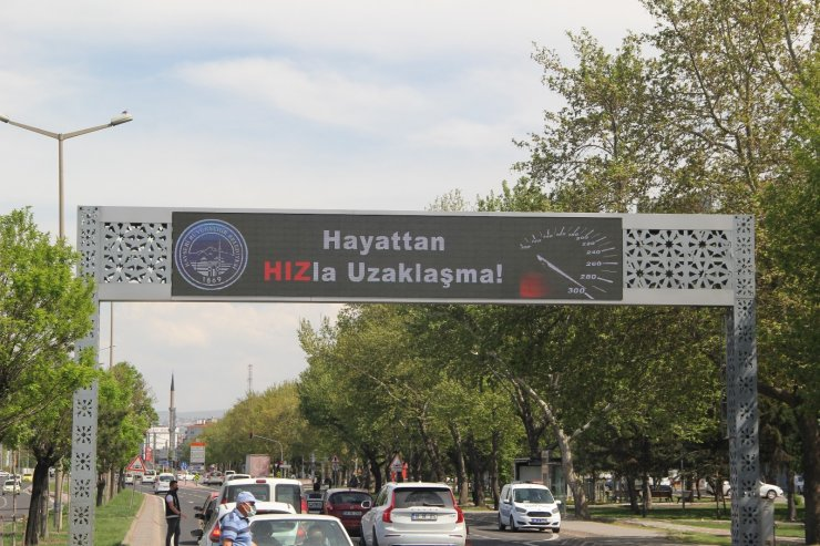 Kayseri'de trafikte farkındalık oluşturuluyor
