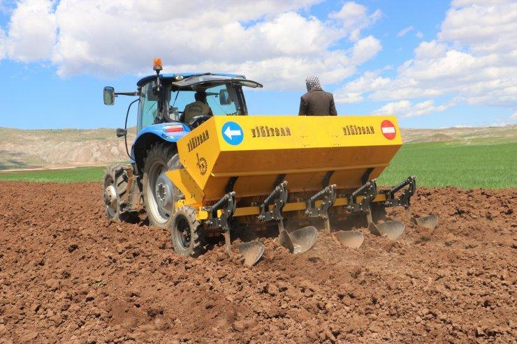 Patates üretiminde ilk sıralarda olan Sivas'ta tohumlar toprakla buluştu