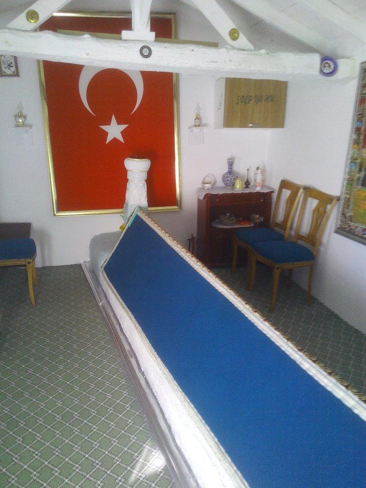 Eskişehir'de Abdülmuttalip Dede türbesi yenilendi