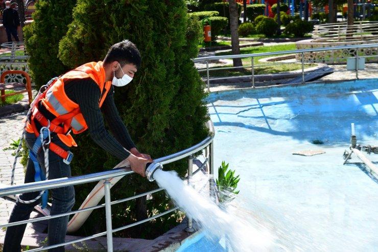 Mamak'ta süs havuzlarına bahar temizliği