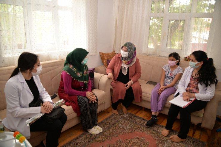 Kahramankazan'da Anneler Günü ve Dünya Çölyak Günü ziyaretleri