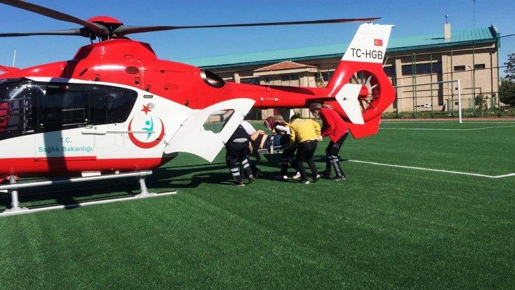 Kalp krizi geçiren hastaya hava ambulansı