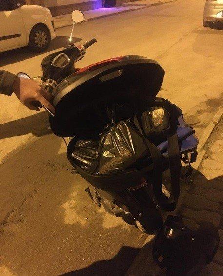 Kurye motosikletiyle alkol satışı yapan şahsa 17 bin lira ceza yazıldı