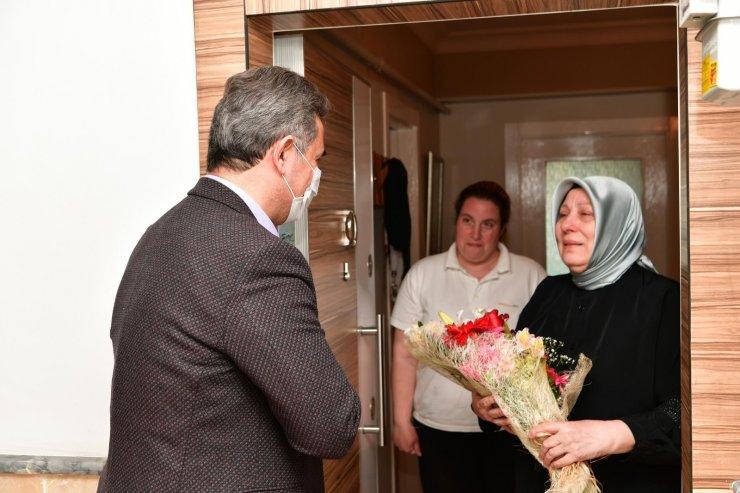 Başkan Köse, anneleri unutmadı