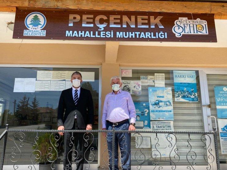 Pursaklar Belediye Başkanı Çetin, muhtarlarla bayramlaştı