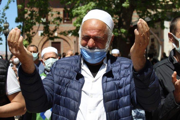 Başkent'te Filistin şehitleri için gıyabi cenaze namazı kılındı