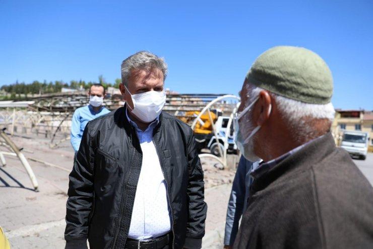 Selçuklu Mahallesi'ne yeni pazar yeri ve sosyal tesis için yıkım çalışması başladı