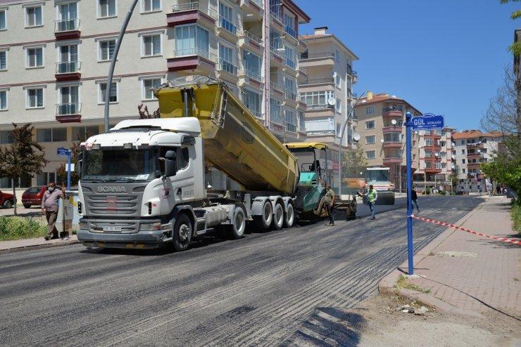 Kahramankazan'da asfalt yenileme çalışmaları sürüyor