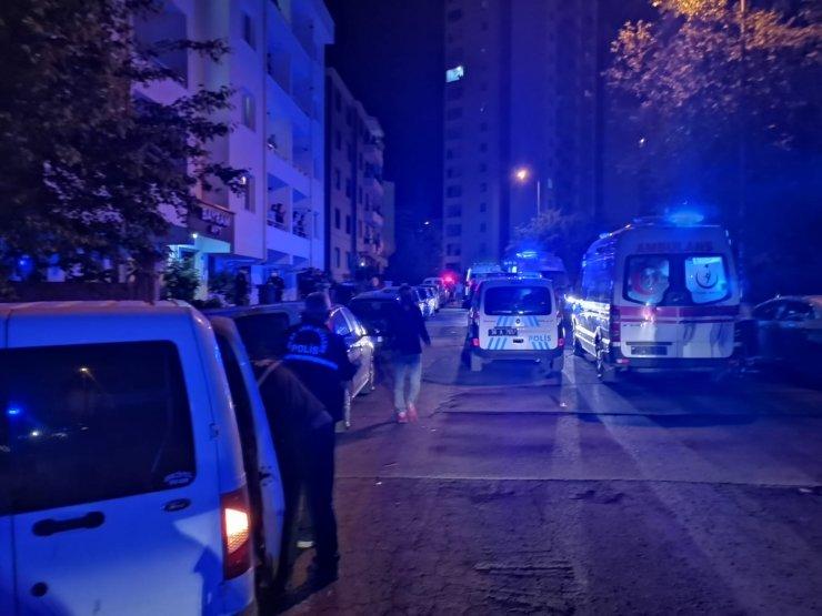 Evi silahla bastılar: Çıkan çatışmada 5 kişi yaralandı
