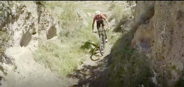 Milli bisikletçi Koramaz Vadisi için pedal çevirdi