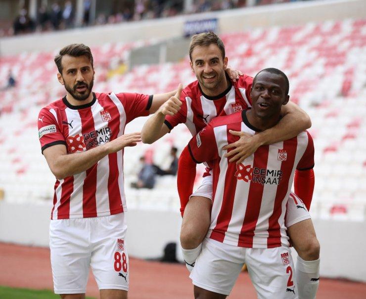 Sivasspor'da gollere Max Gradel imzası