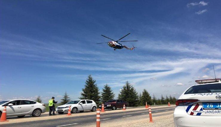 Jandarmanın helikopter destekli trafik denetimi