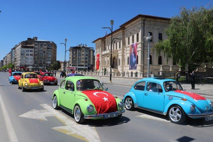 19 Mayıs kutlamalarında renkli görüntüler oluştu