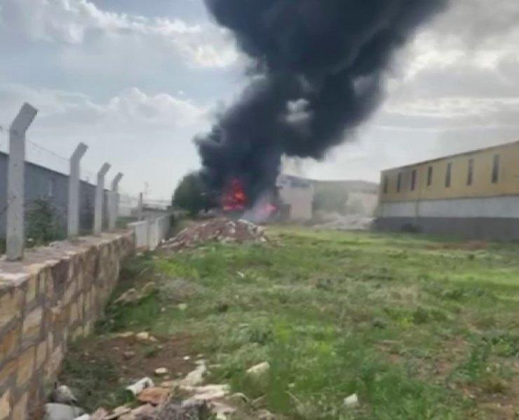Sivas'ta OSB'de korkutan yangın