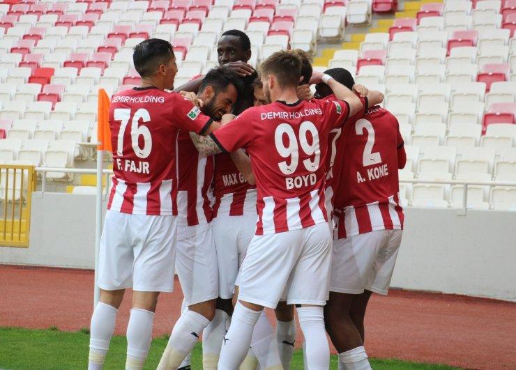 Sivasspor'un istikrar abidesi Max Gradel