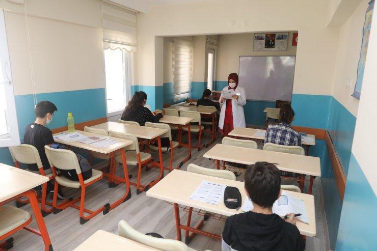 Polatlı Belediyesi Destek Eğitim Merkezi öğrencileri LGS ve YKS öncesi kampa girdi