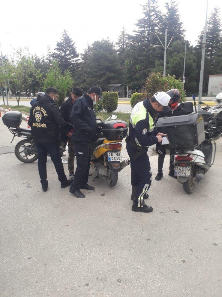 Polis ekiplerinin kapsamlı denetimlerinde ceza yağdı