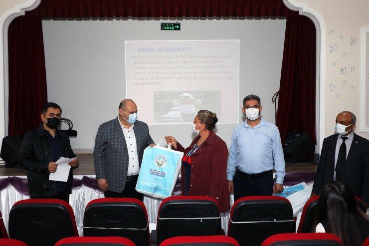 Talas Belediyesi'nden tarımda bir ilk daha: 'Arıcılık Kursu'