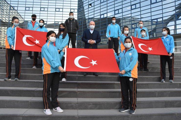 Kayseri'nin gururları ETTU Eurotalents Kampı'nda