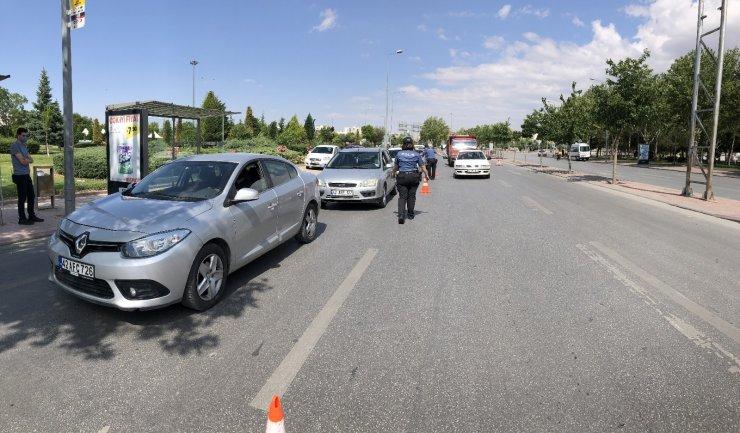 Konya'da polis denetimleri sürüyor