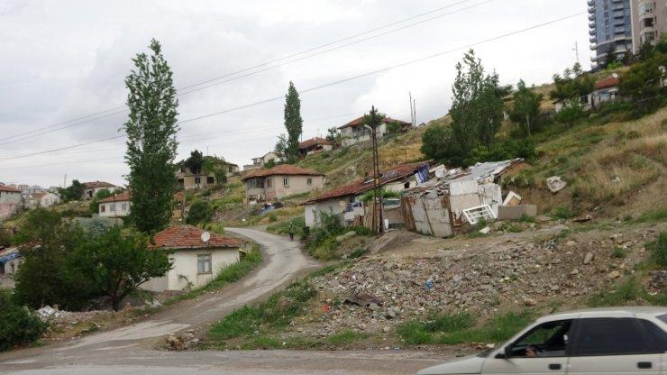 Suçluların kullandığı harabe evler yıkılıyor
