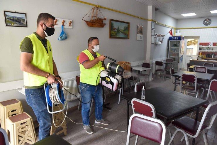 Tepebaşı'nda kıraathaneler dezenfekte ediliyor