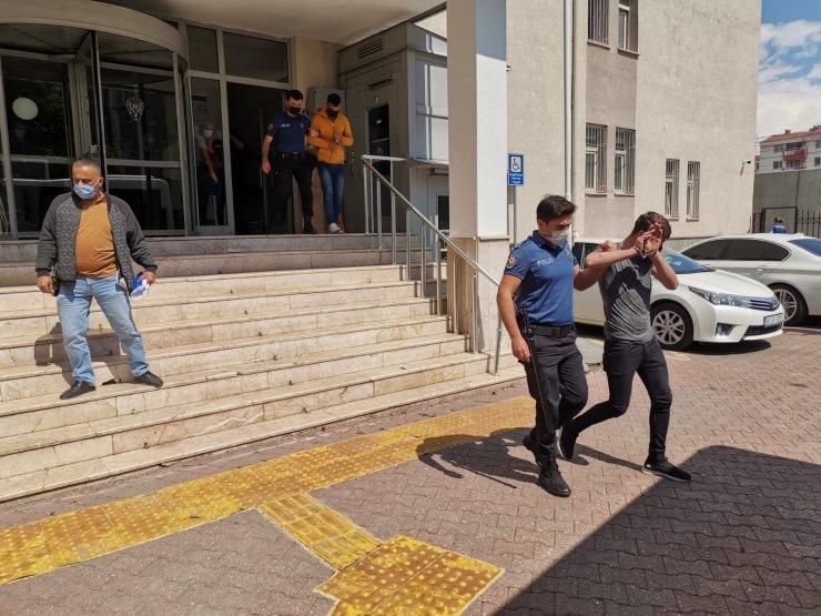 Kayseri'de 30 adrese eş zamanlı operasyon