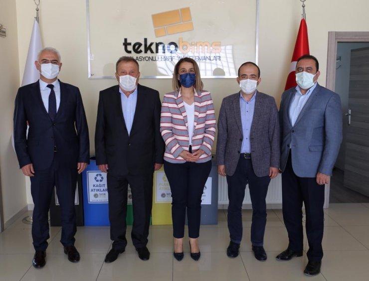 Vali Becel, Nevşehir'de faaliyet gösteren bims fabrikalarını ziyaret etti