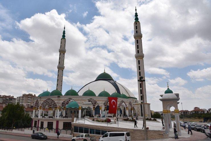 Konya'da Bosna Hersek Ulu Cami dualarla açıldı