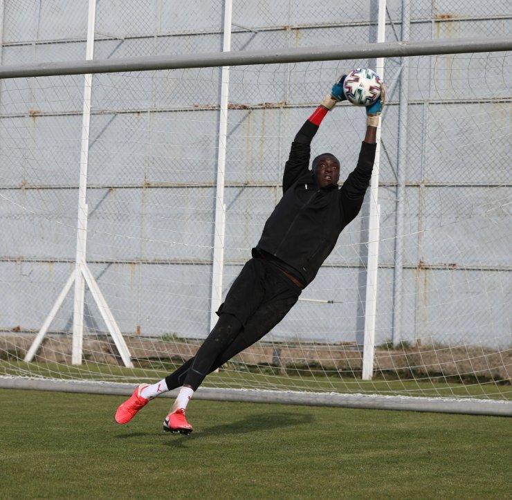 Sivasspor'da kaleci Samassa takımdan ayrılıyor