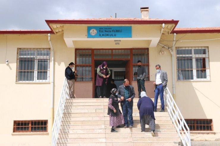 Niğde'de 4 köyde muhtarlık seçimi yapıldı