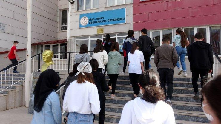 Sivas'ta LGS heyecanı başladı
