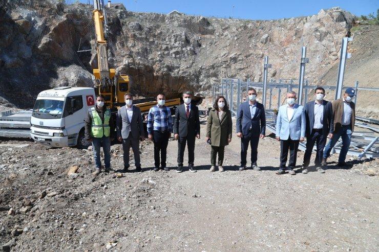 Gölbaşı Belediye Başkanı Şimşek, devam eden projeleri yerinde inceledi