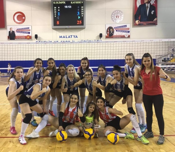 Kayseri Voleybol Bölgesel Lig Finaline yükseldi