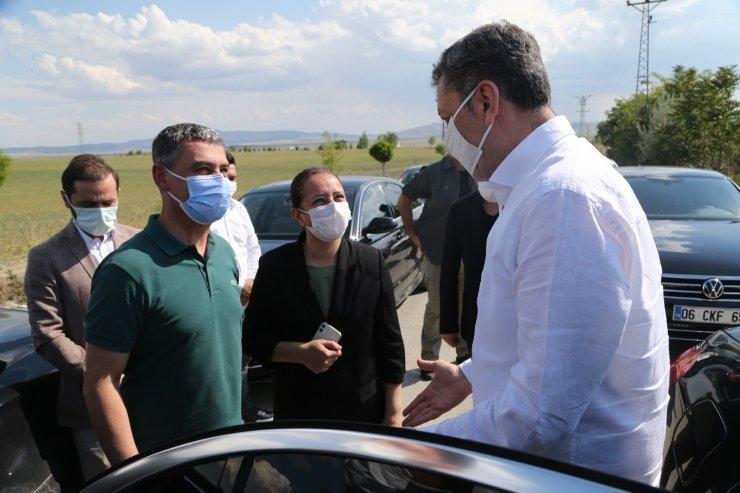 Bakan Selçuk, Kaymakam Bilgihan ve Başkan Şimşek, Gölbaşı'nda sel felaketi yaşanan bölgede