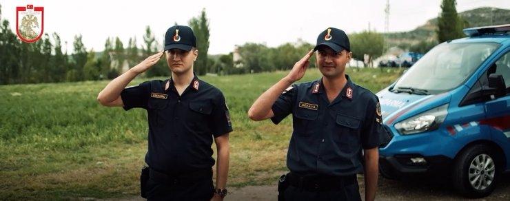 Sivas Valiliğinden Jandarma Teşkilatı'na özel klip
