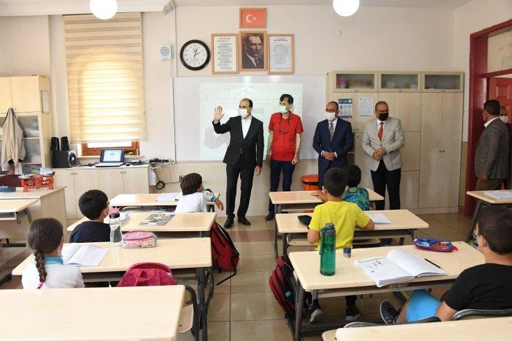 Başkan Altay ve Başkan Kavuş öğrencilerle buluştu