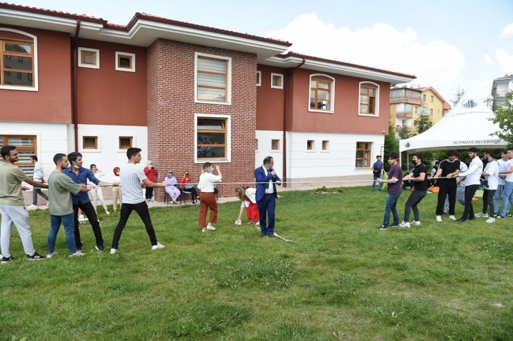 Altındağ Belediye Başkanı Balcı YKS'ya girecek öğrencilerle buluştu