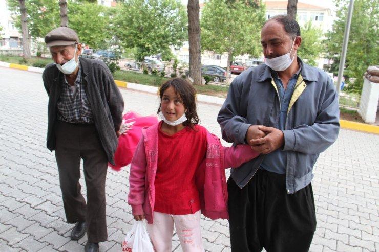 Kayıp olarak aranan kız çocuğu kaldıkları çadıra döndü