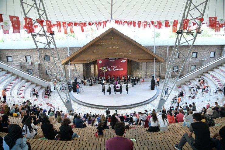 Mamak'ta yaz konserleri devam ediyor