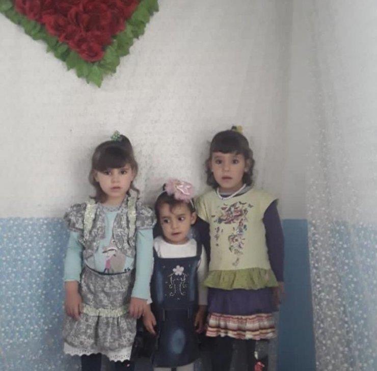 3 küçük kız kardeşten geriye kalan elbise ve oyuncaklar yürek burktu