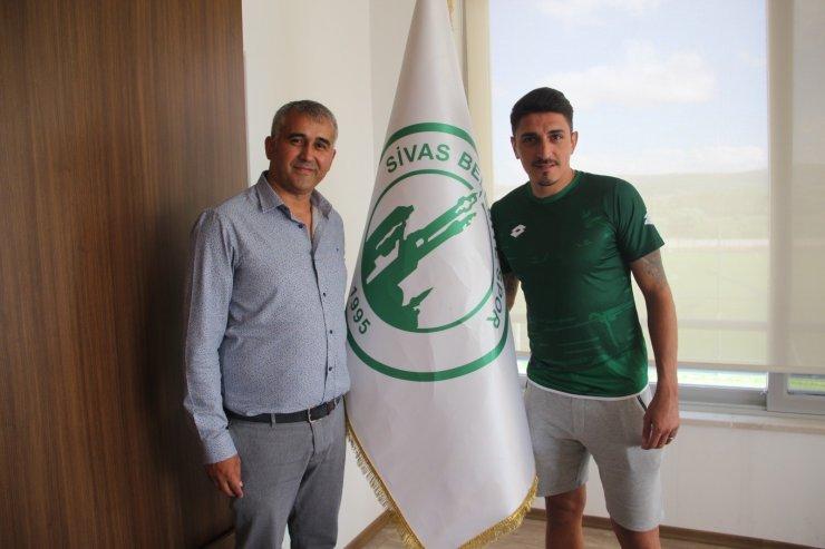 Abdullah Topkara, Sivas Belediyespor'a transfer oldu