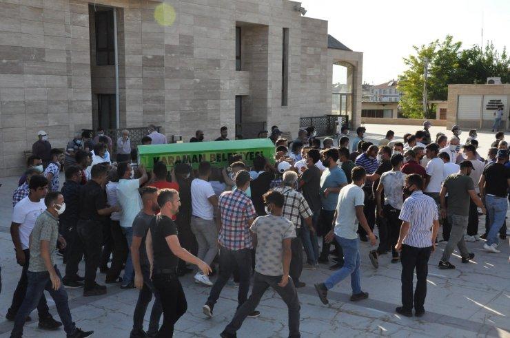 Karaman'daki bıçaklı saldırıda ölen şahıs son yolculuğuna uğurlandı