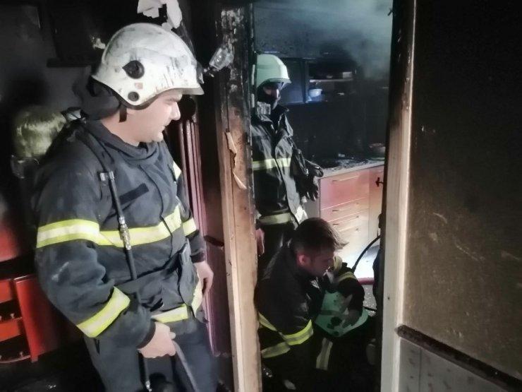 Kiralık evi yanan kadının gözyaşı yürekleri dağladı