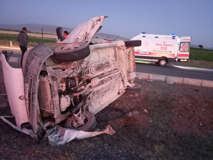 Otomobil takla attı 1'i ağır 2 yaralı